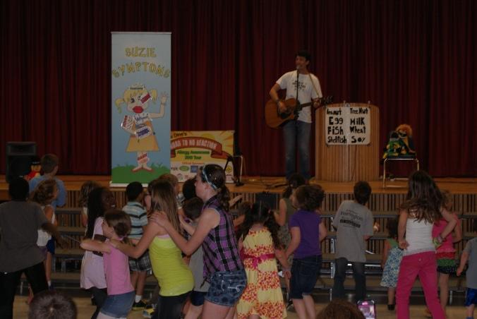 First show where a congo line spontaneously happened! Kids rock!